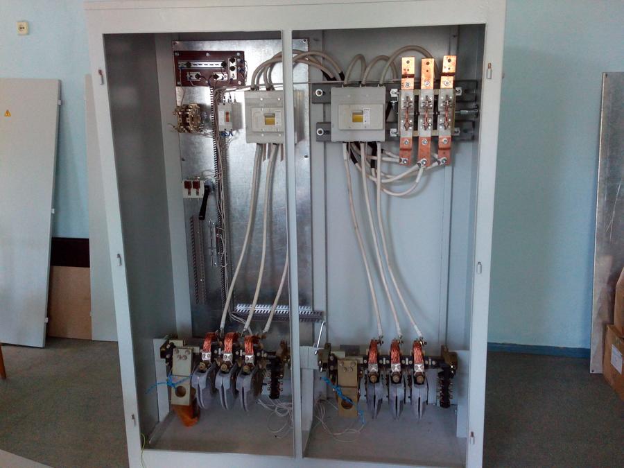 Шкаф управления двигателями мостового крана